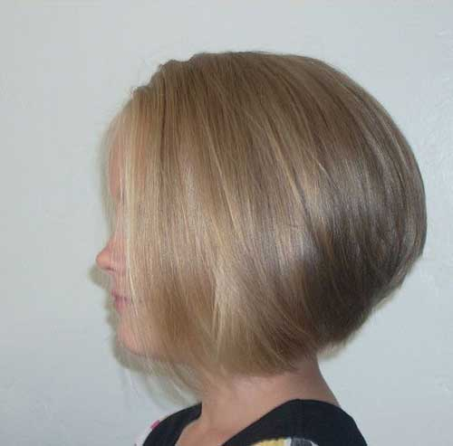 Stacked Short Hairstyles for Fine Straight Hair-11