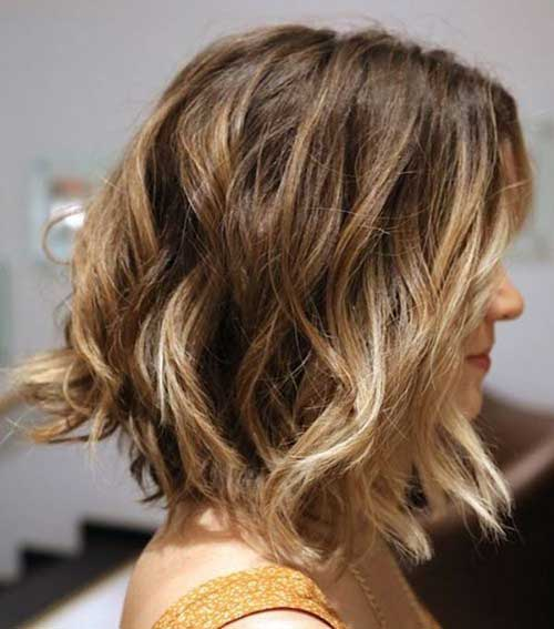 Best Wavy Long Bob Haircuts-11