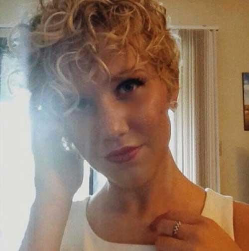 Short Hair Pixie for Curly Hair-7