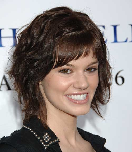 Side Swept Hairstyles for Short and Wavy Hair-8