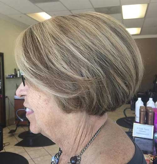 Simple Short Bob Haircuts for Ladies Over 60-11