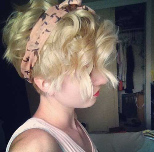 Short Curly Hairstyles with Headband for Women-12