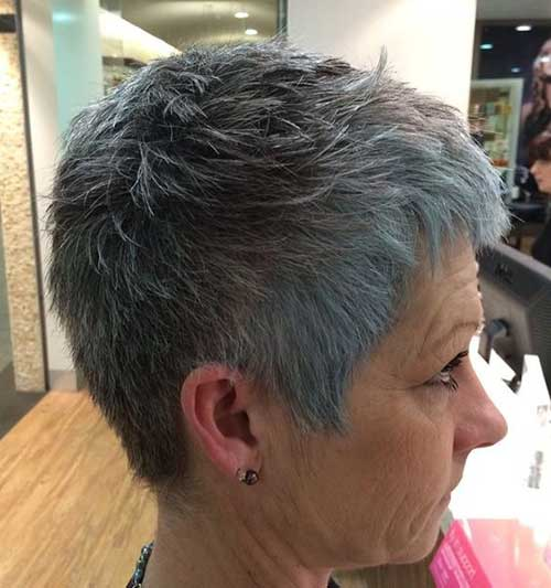 Very Short Haircuts for Women Over 50-12