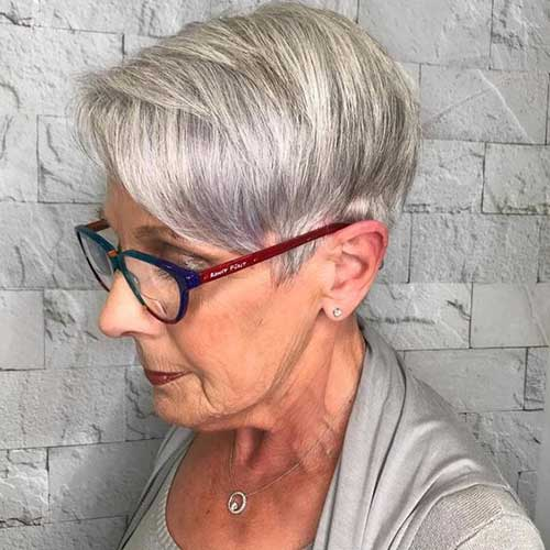Gray Pixie Haircuts for Ladies Over 60-15