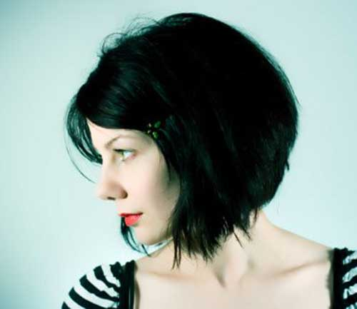 Short Choppy Thick Hairstyles for Women-15