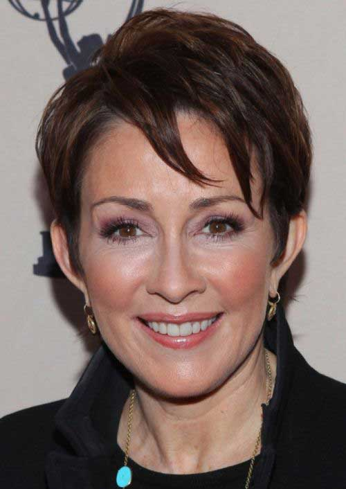 Short Dark Brown Haircuts for Women Over 50-15