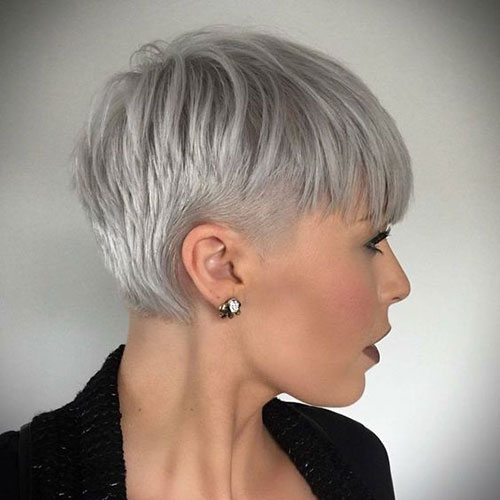 Short Haircuts for Thin Grey Hair-15