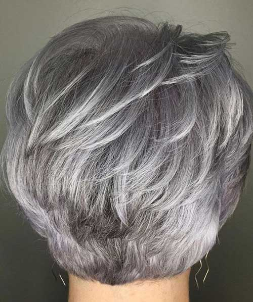 Short Feathered Haircuts for Ladies Over 60-16