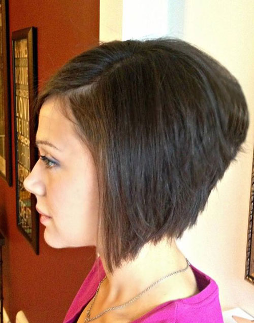 Short Stacked A Line Bob Hairstyles-16