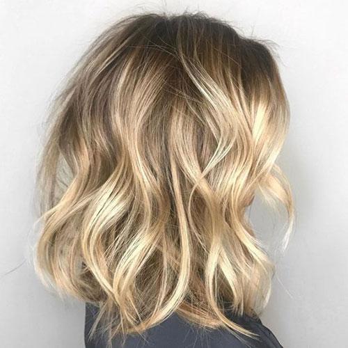 Sand Blonde Medium Short Hairstyles-16