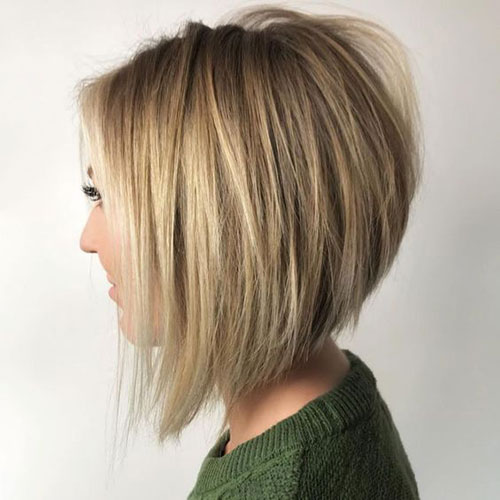Easy Short Stacked Hairstyles-18