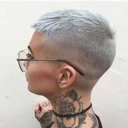 Grey Pixie Cut Styles-18