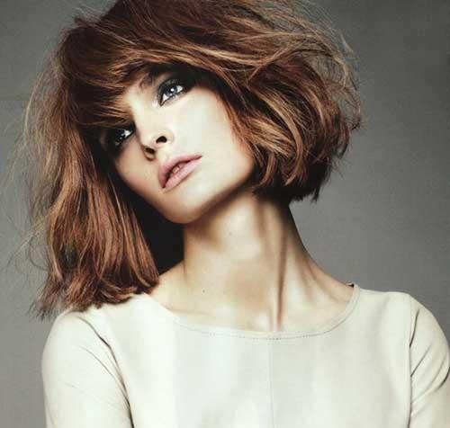 Modern Short Choppy Hairstyles for Women-18