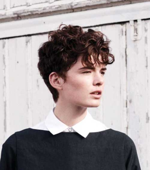 Short Curly Pixie Hairstyles for Women-18
