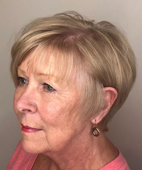 Short Fine Haircuts for Ladies Over 60-18