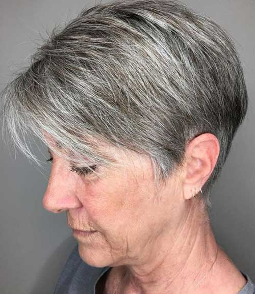 Cropped Pixie with Fine Layers Haircuts for Ladies Over 60-19