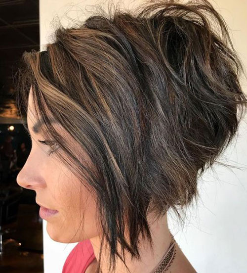 Short Thick Stacked Hairstyles-19