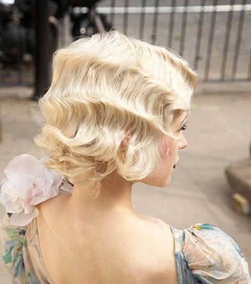 Vintage Updo Hairstyles for Short Hair-19