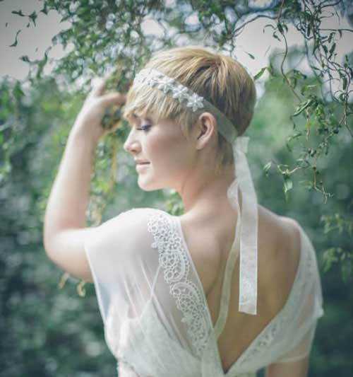 Bridal Headband Hairstyles for Short Hair Updos-20