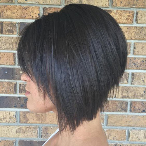 Short Stacked Hairstyles and Bangs-20