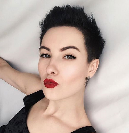 Black Hair Pixie Cut Styles-21