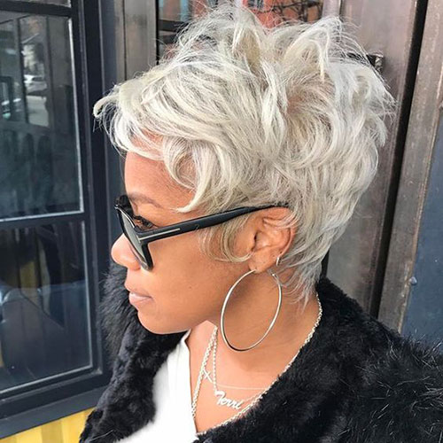Platinum Blonde Pixie Cut Styles-22