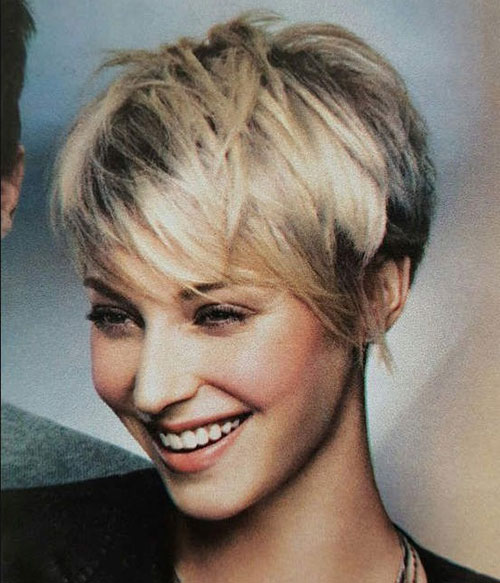 Messy Pixie Cut Styles-25