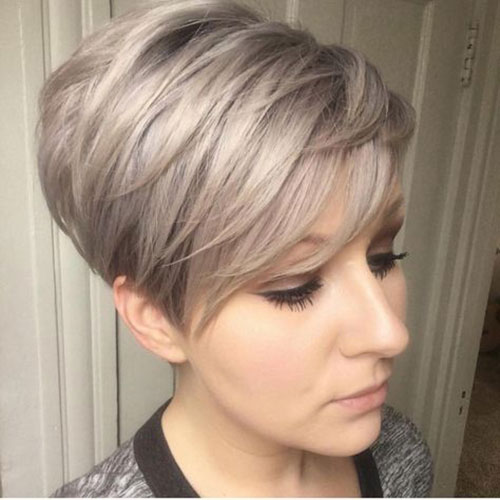 Thick Straight Pixie Cut Styles-27