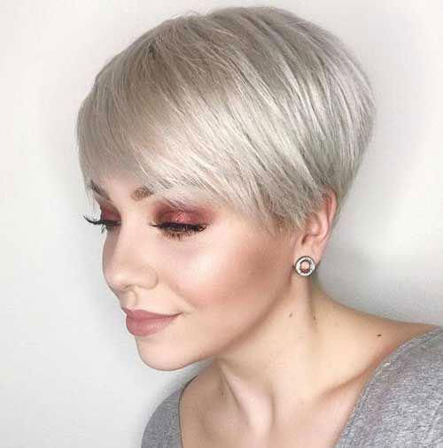 Elegant Pixie Short Haircuts for Thin Hair-32