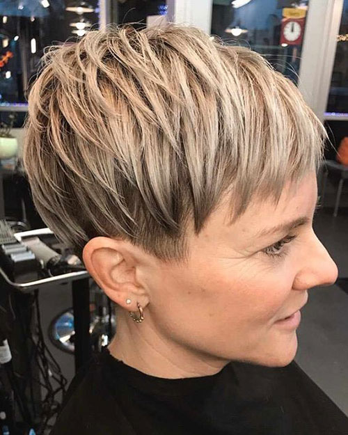Pixie Cut Styles with Layers-45