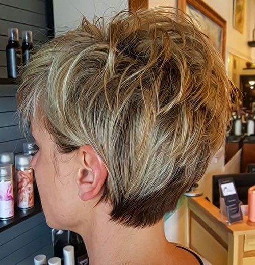 Layered Pixie Cut Styles-7