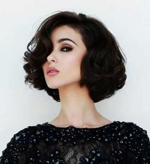 Short Thick Curly Hairstyles for Women-7