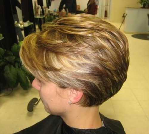 Short Stacked Pixie Bob Hairstyles-8
