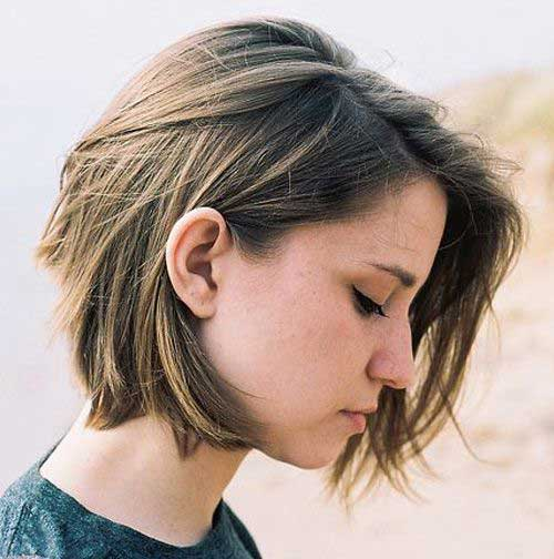 Short Haircuts for Women with Thick Hair-17