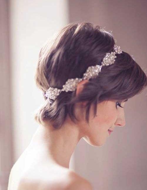 Short Hair Cute Head Piece Bridal Styles