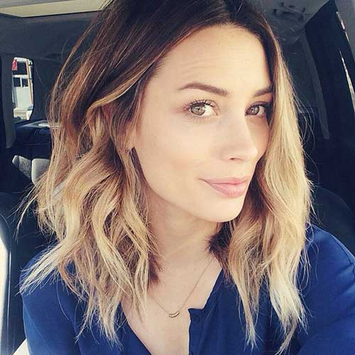 Ombre Colored Short Haircuts for Wavy Hair