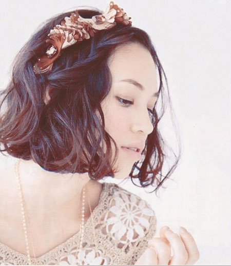 Floral Headband Short Hair Bridal Styles