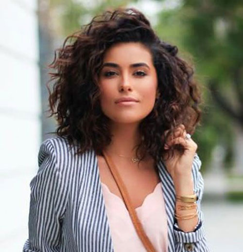 Short Curly Haircuts for Women with Thick Hair