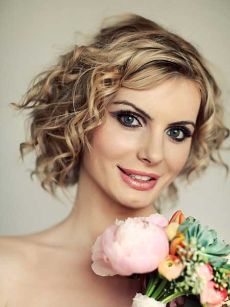 Side Parted Curly Bob Hair Bridal Styles