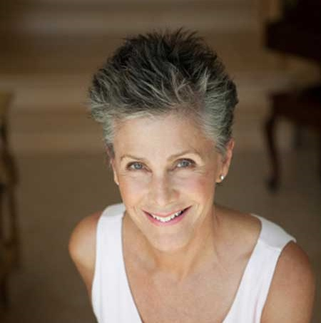 Spiky Pixie Cuts for Older Women-11