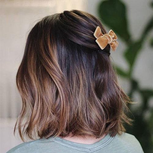 Simple Half Up Medium Short Haircuts for Women-12