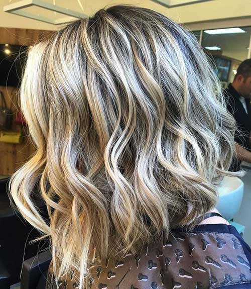 Blonde Inverted Short Thick Wavy Hair-13