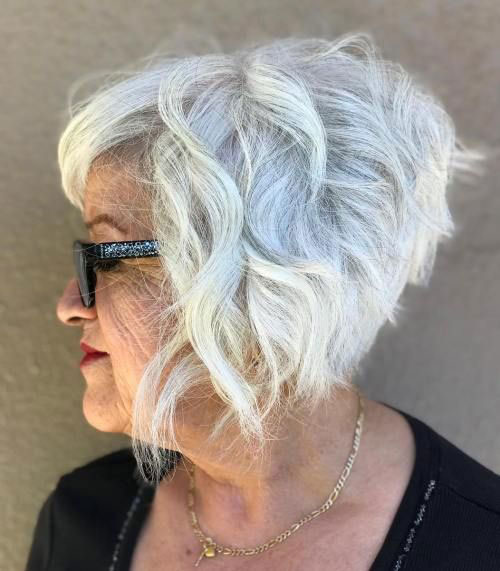 Bob Curly Haircuts for Over 50-13
