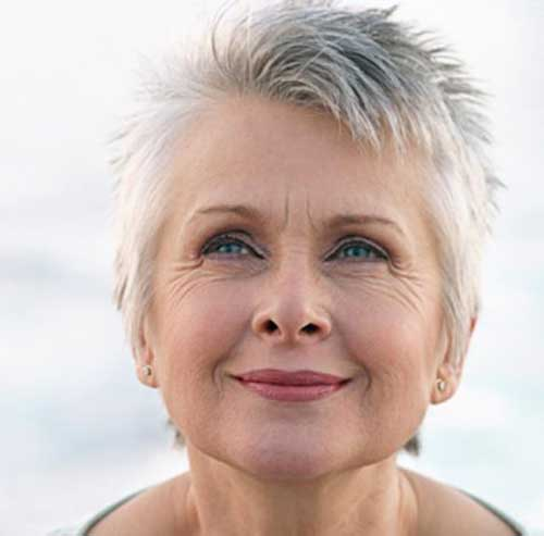 Razored Pixie Cuts for Older Women-15