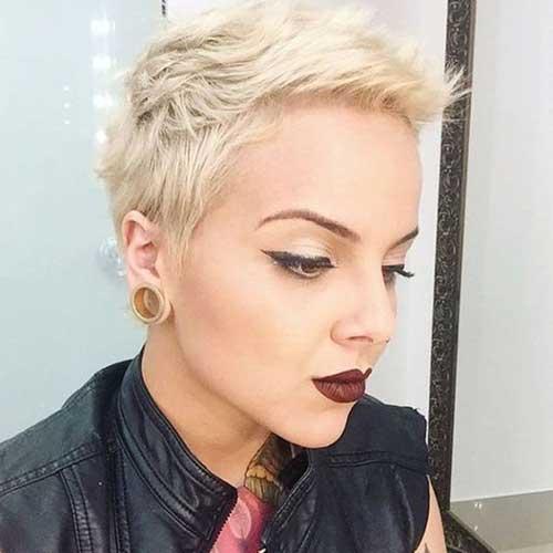 White Blondepixie Crop Haircut-18