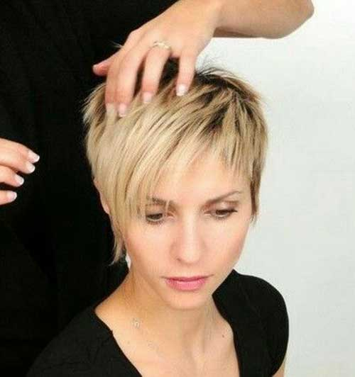 Cute Pixie Haircuts-19