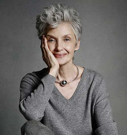 Curly Wavy Pixie Cuts for Older Women-25