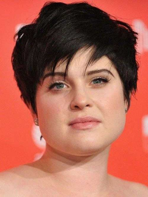 Short Haircuts for Plus Size Women-26