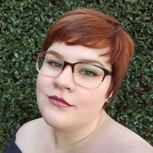Short Haircuts for Plus Size Women-7