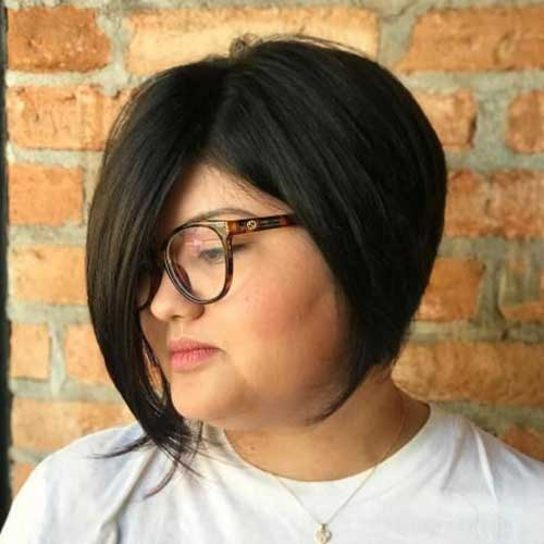 Short Haircuts for Plus Size Women-9